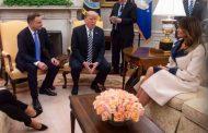 How did Melania Trump welcome Polish president