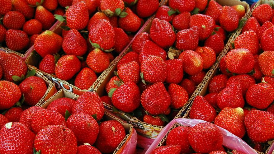 Woman charged in Australian strawberry needle contamination