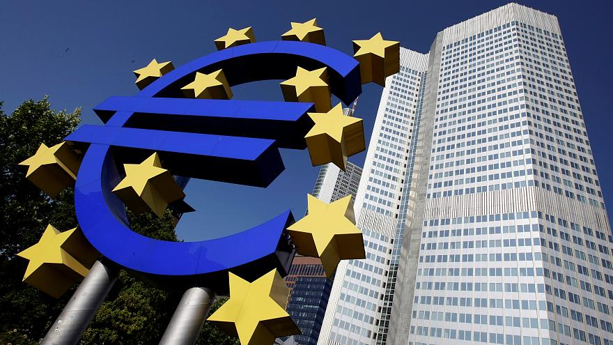 European shares rise cautiously before Fed meeting