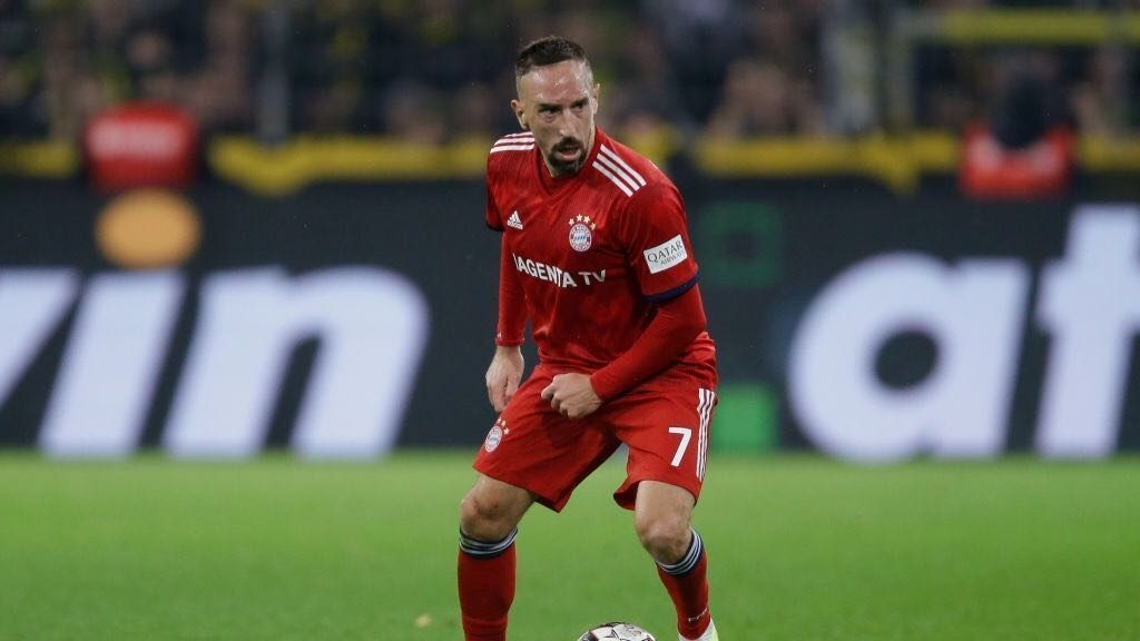 Bayern's Franck Ribery's gold steak rant earns him a heavy fine
