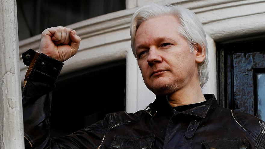 Julian Assange to face US extradition hearing in London