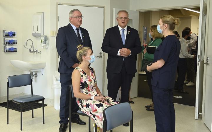 AstraZeneca vaccinations: NSW health worker vaccine rates drop