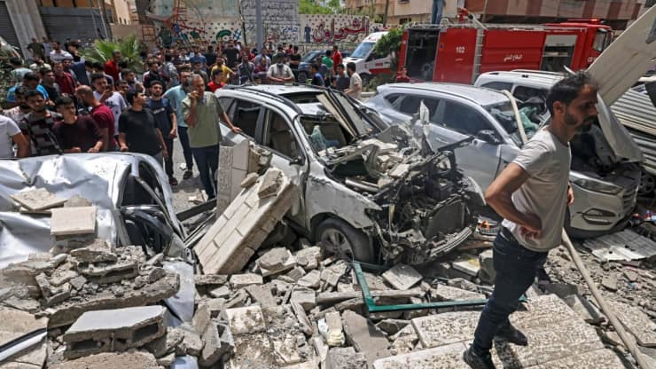 Israel and Hamas agree to cease-fire over Gaza conflict