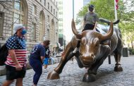 S&P 500 rises for a 7th straight day after strong jobs report, best winning streak in 10 months